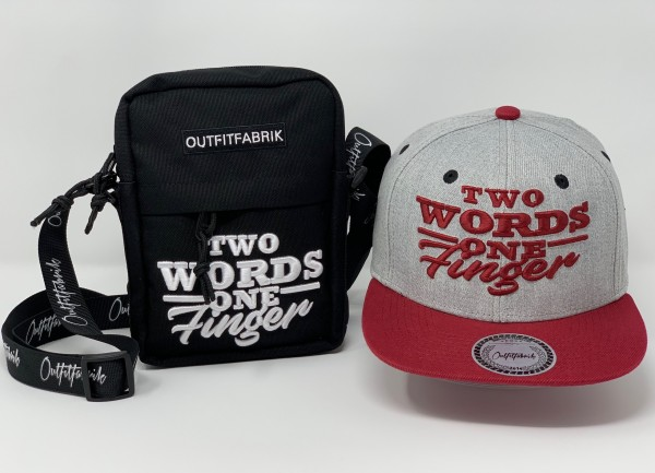 "SPAR-SET ""TWO WORDS 2"", Cap + Bag"