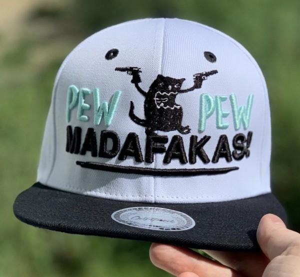 Snapback Cap PEW PEW MADAFAKAS, weiß/schwarz
