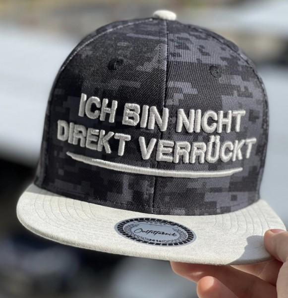 Cap ICH BIN NICHT DIREKT VERRÜCKT, Pixel/weiß