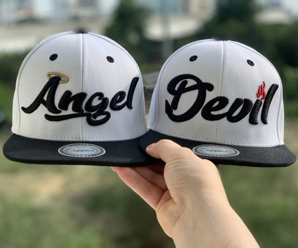 Snapback Cap ANGEL oder DEVIL, weiß/schwarz