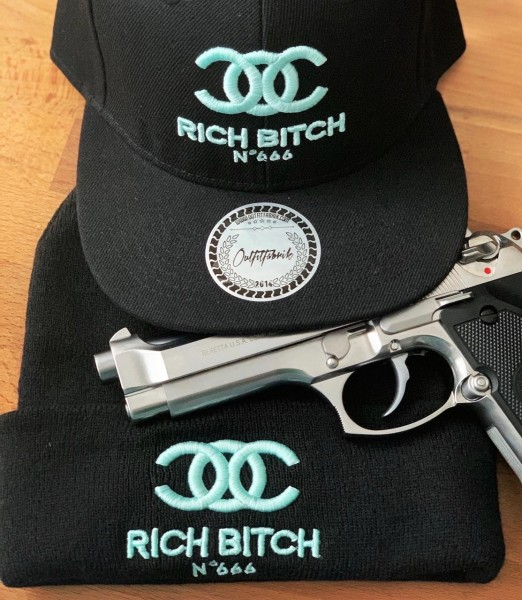 "SPAR-SET ""RICH BITCH"", Cap + Beanie"