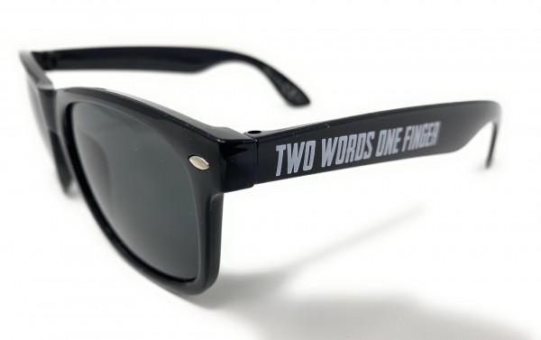 Sonnenbrille, TWO WORDS ONE FINGER, black