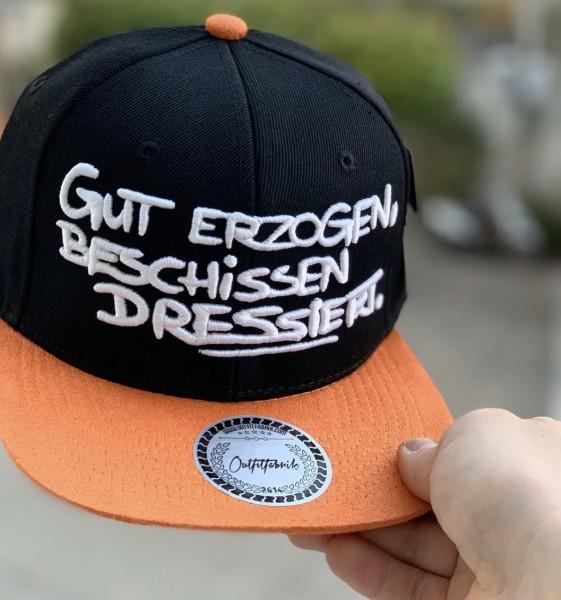 Snapback Cap GUT ERZOGEN, schwarz/orange