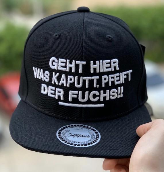 Snapback Cap GEHT WAS KAPUTT, PFEIFT DER FUCHS, schwarz