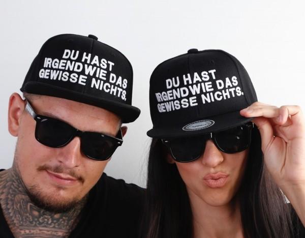 Snapback Cap DAS GEWISSE NICHTS, schwarz