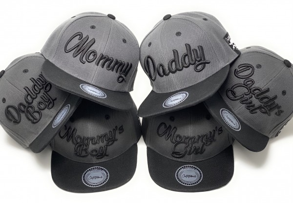 Snapback Cap MOMMY, DADDY, GIRL, BOY, dunkelgrau/schwarz