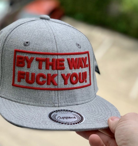 Snapback Cap BY THE WAY - FUCK YOU, grau